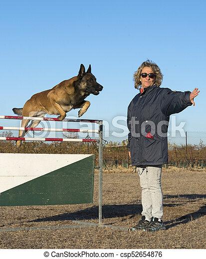 formation, chien policier - csp52654876