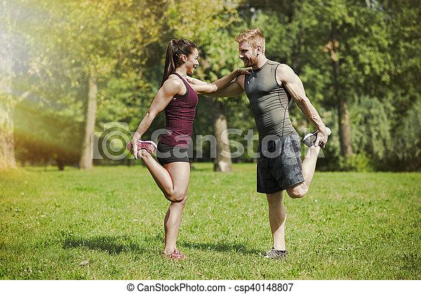 formation, parc, couple, jeune - csp40148807