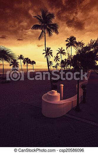 Fort Lauderdale Beach at Sunset - csp20586096