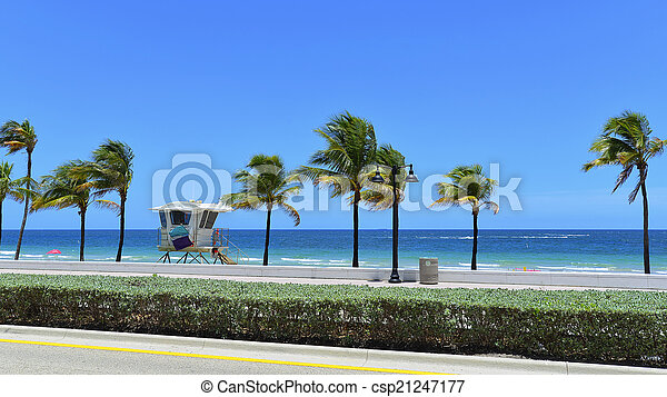 Fort Lauderdale Beach - csp21247177