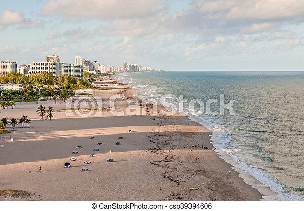 Fort Lauderdale Beach - csp39394606