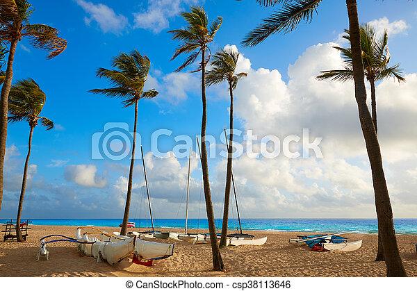 Fort Lauderdale beach sunrise Florida US - csp38113646