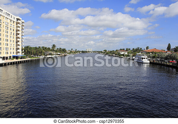 Fort Lauderdale, Florida Intracoastal Waterway - csp12970355