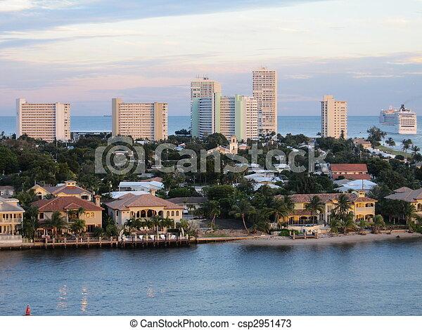 Fort Lauderdale - csp2951473