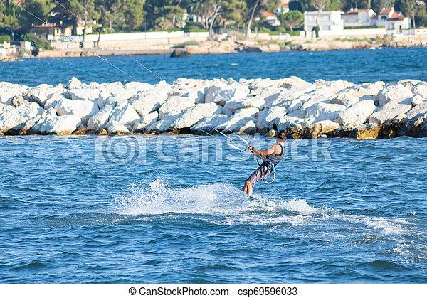 fossé, riviera, france, port, francais, long, provence, kitesurfer, olivette - csp69596033
