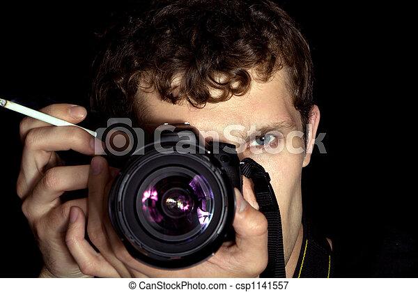 El joven fotógrafo - csp1141557