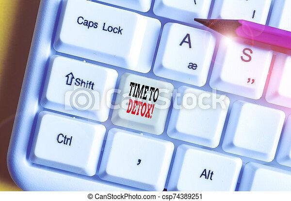 foto, cuerpo, blanco, cuándo, papel, teclado, usted, su, plano de fondo, sobre, llave, vacío, pc, actuación, texto, droga, o, parada, space., señal, consumidor, toxins, detox., purificar, nota, conceptual, copia, tiempo - csp74389251