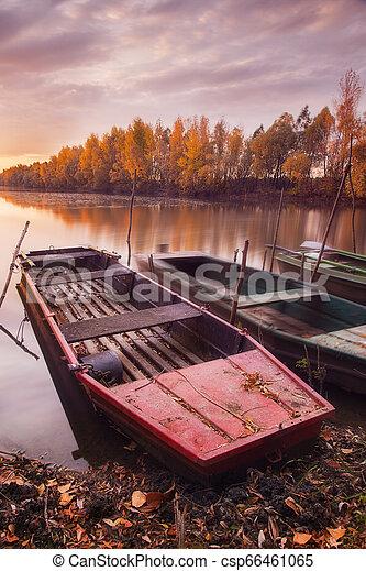 foto, longo, barcos, hungria, rio, tisza, exposição - csp66461065