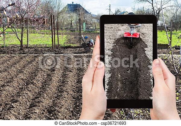 foto's, ploegen, grond, tuin, farmer - csp36721693