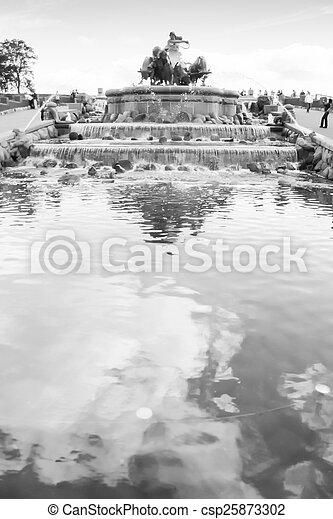 Fountain of Gefion Copenaghen - csp25873302