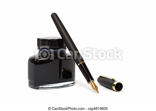 fountain pen with ink bottle  - csp4819605