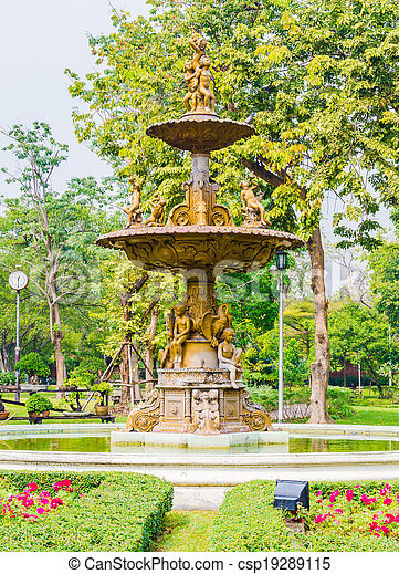 Fountains in the park - csp19289115