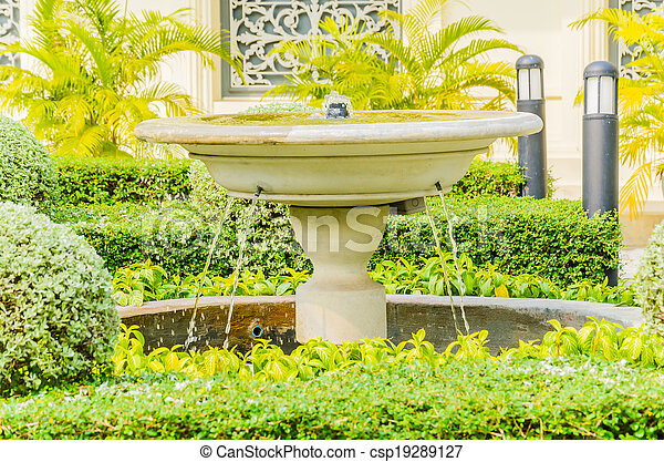 Fountains in the park - csp19289127
