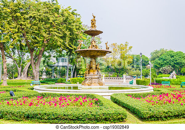 Fountains in the park - csp19302849