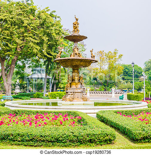 Fountains in the park - csp19280736