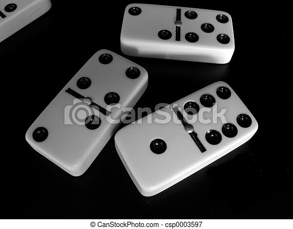 Four dominoes - csp0003597