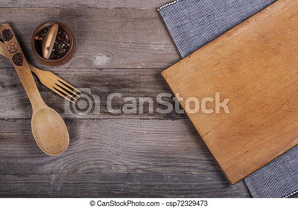fourchette, vieux, bois, ustensiles, cuillère, tire-bouchon, table, cuisine - csp72329473