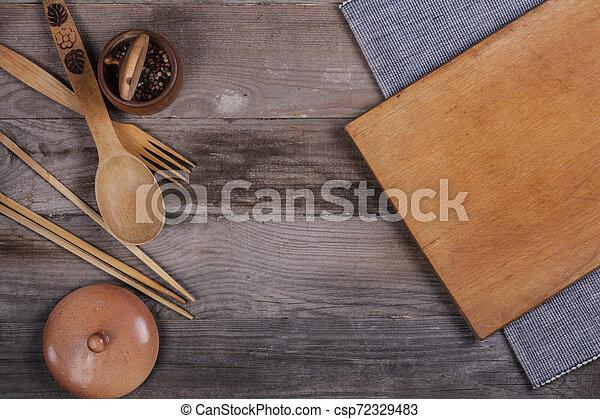 fourchette, vieux, bois, ustensiles, cuillère, tire-bouchon, table, cuisine - csp72329483