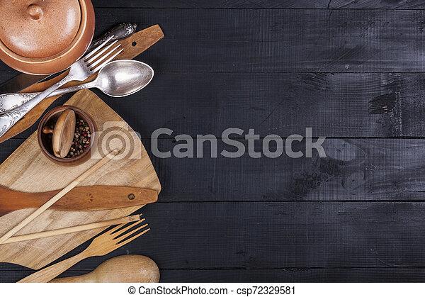 fourchette, vieux, bois, ustensiles, cuillère, tire-bouchon, table, cuisine - csp72329581