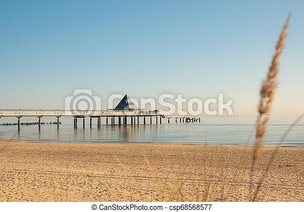 früh, ahlbeck, sonnenschein, pier, morgen - csp68568577