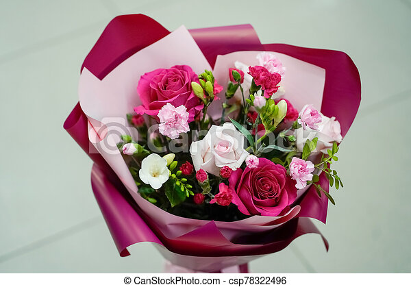 frais, bourgogne, papier rose, fleurs, bouquet, clair - csp78322496