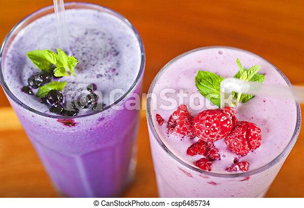 frais, smoothies, fruit, deux - csp6485734
