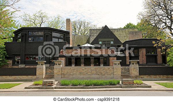 Frank Lloyd Wright Home & Studio - csp9391218