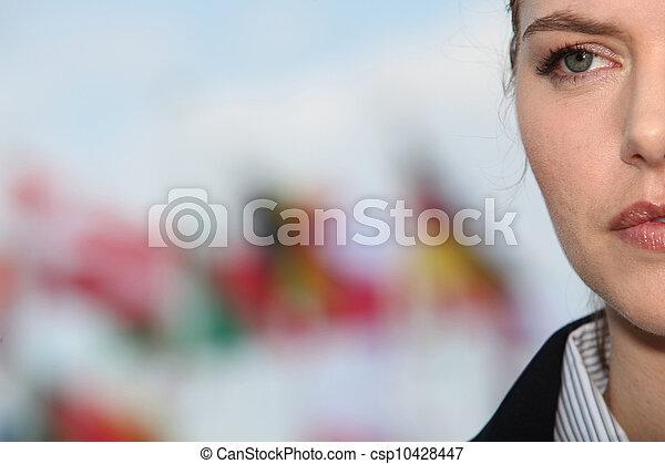 frau, fokus, extrem, gesicht, closeup, hintergrund, flaggen, gestört, heraus - csp10428447