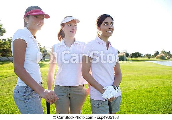 frau, golfen, drei, kurs, grünes gras, reihe - csp4905153