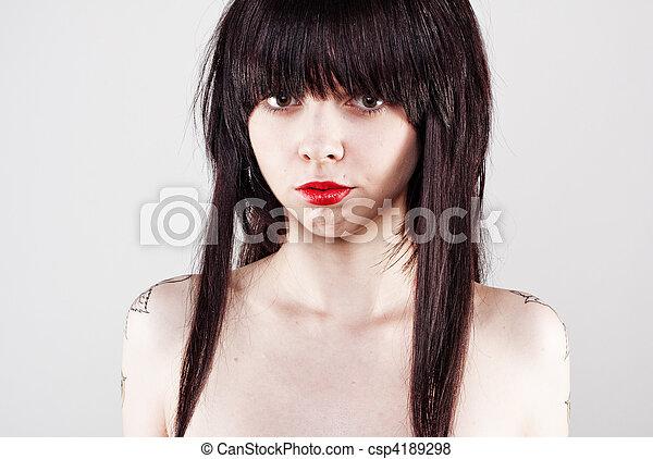 Hübsche junge Frau - csp4189298