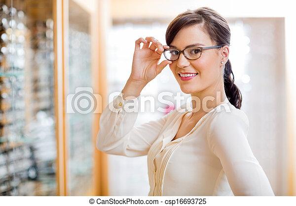 frau, optiker, neu , schwierig, kaufmannsladen, brille - csp16693725