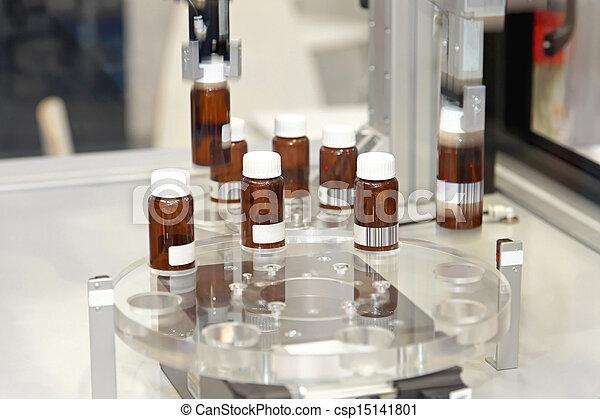 fremstilling, medicin - csp15141801