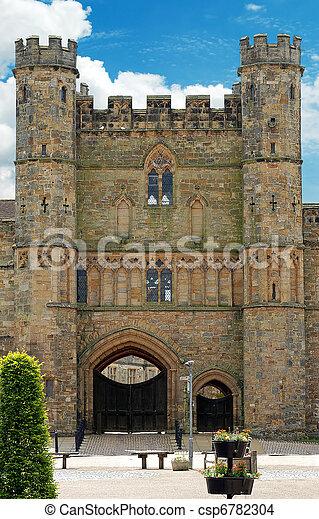 Batalla de la abadía de entrada principal - csp6782304