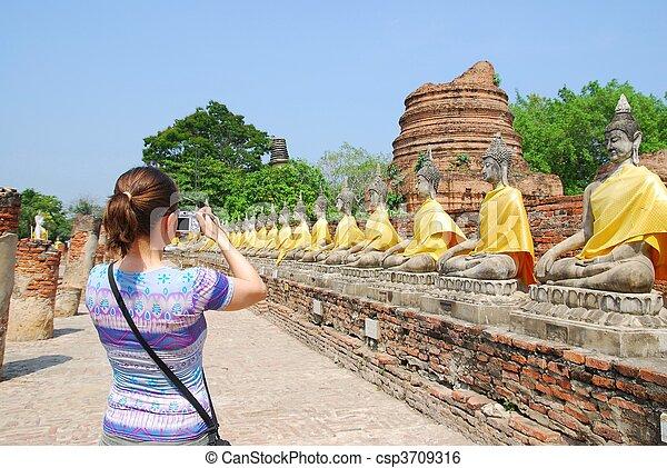 frente, budha, cámara, estatuas, turista - csp3709316