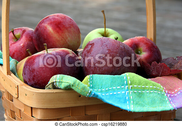 Fresh Apples in Basket - csp16219880