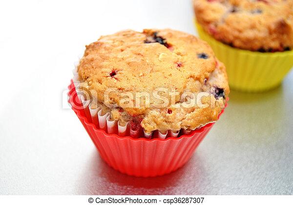 Fresh Baked Berry Muffin - csp36287307