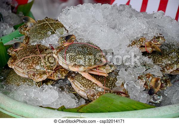 Fresh blue crab for sale at restaurant