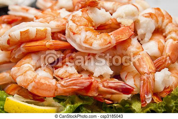 Fresh Boiled Shrimp and Lemon Slice - csp3185043