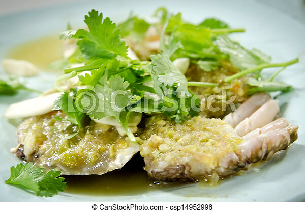 Fresh Crab spicy with garlic and parsley - csp14952998