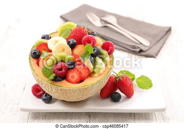 fresh fruit salad - csp46085417