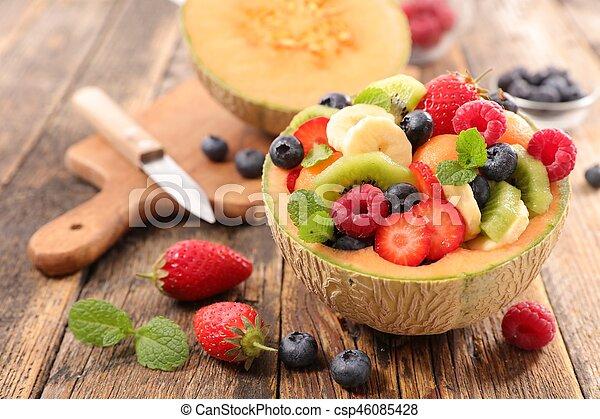 fresh fruit salad - csp46085428