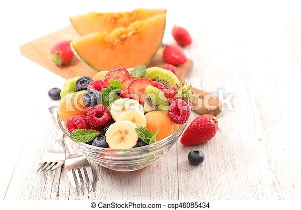 fresh fruit salad - csp46085434