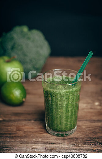 Fresh green smoothie from fruit and vegetables, healthy eating, selective focus - csp40808782