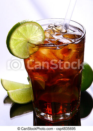 fresh ice tea glass with lime - csp4835695