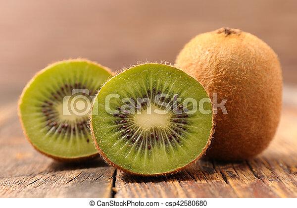 fresh kiwi - csp42580680