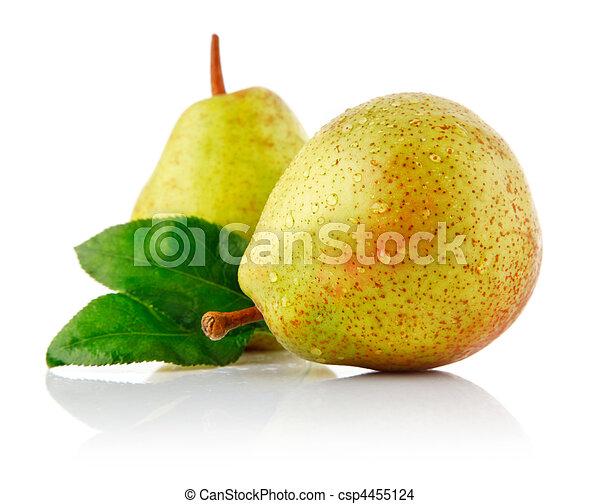fresh pear with green leaf - csp4455124