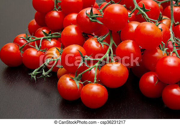 fresh red tomatoes - csp36231217