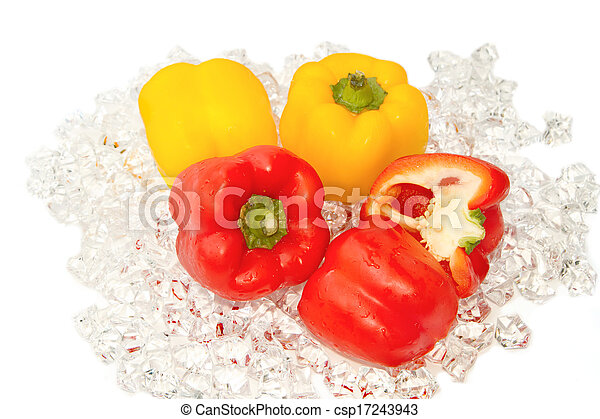 Fresh tomato on ice - csp17243943