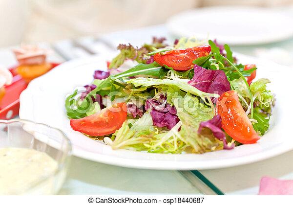 Fresh vegetable salad - csp18440687