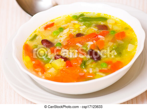 Fresh vegetable soup - csp17123633